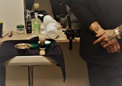 Παραδοσιακό ξύρισμα με φαλτσέτα